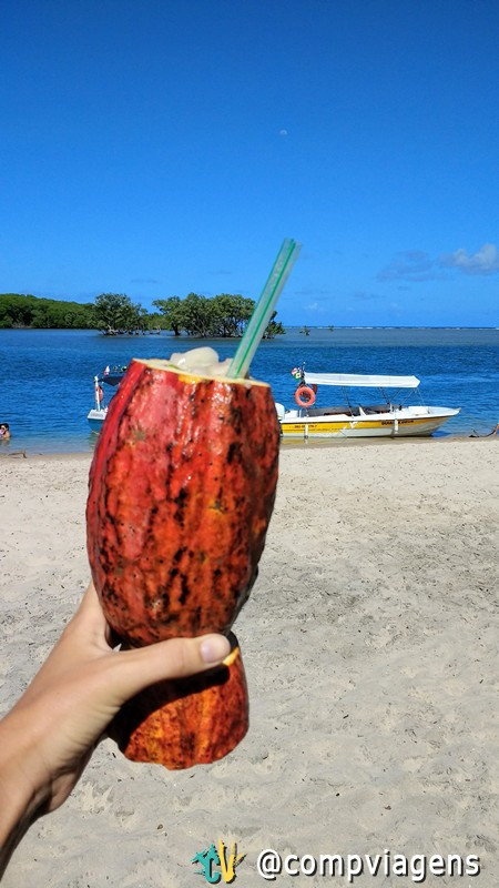 Drink de Cacau e Biribiri, na Praia dos Castelhanos