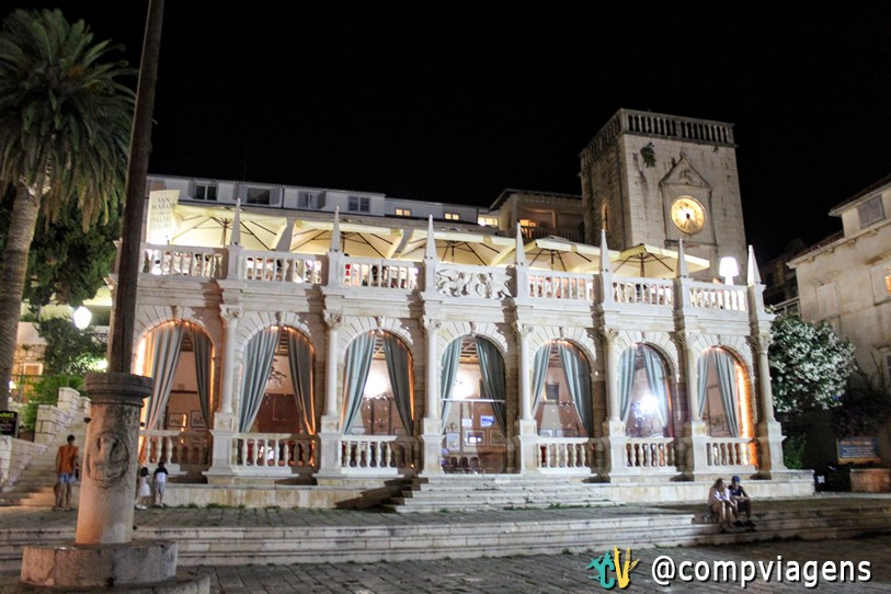 Loggia veneziana, Hvar