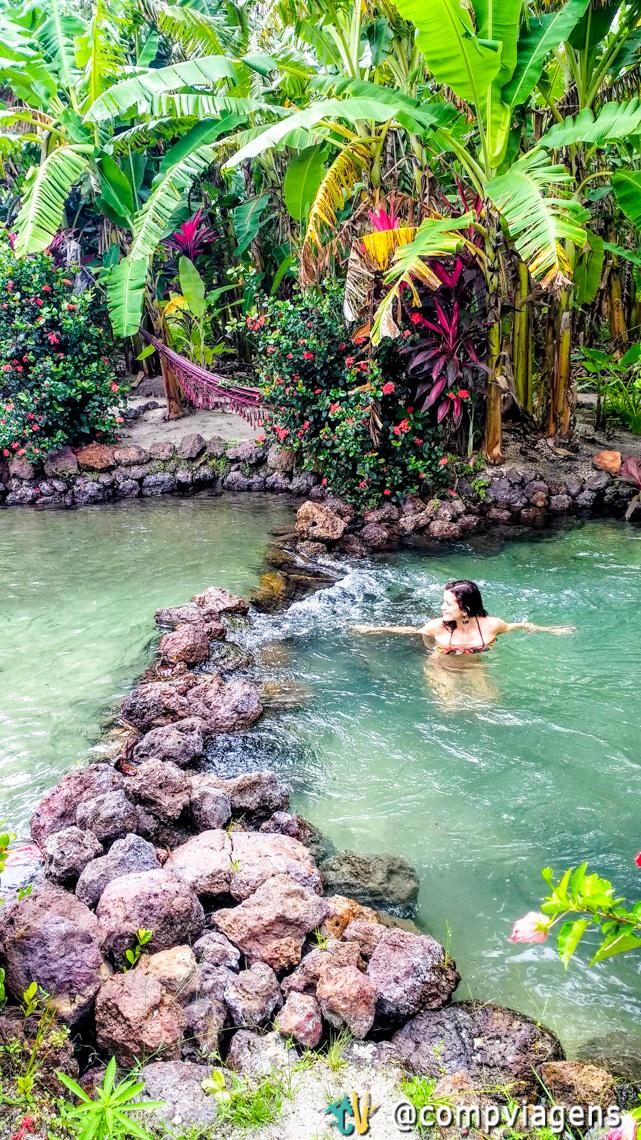 Banho revigorante nas águas de nascente