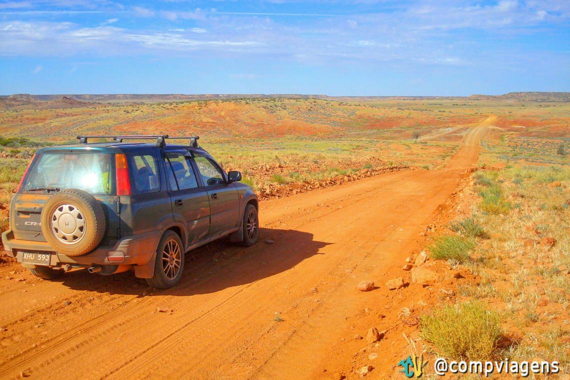 Meu carro, Howi, no deserto que mais parece uma pintura