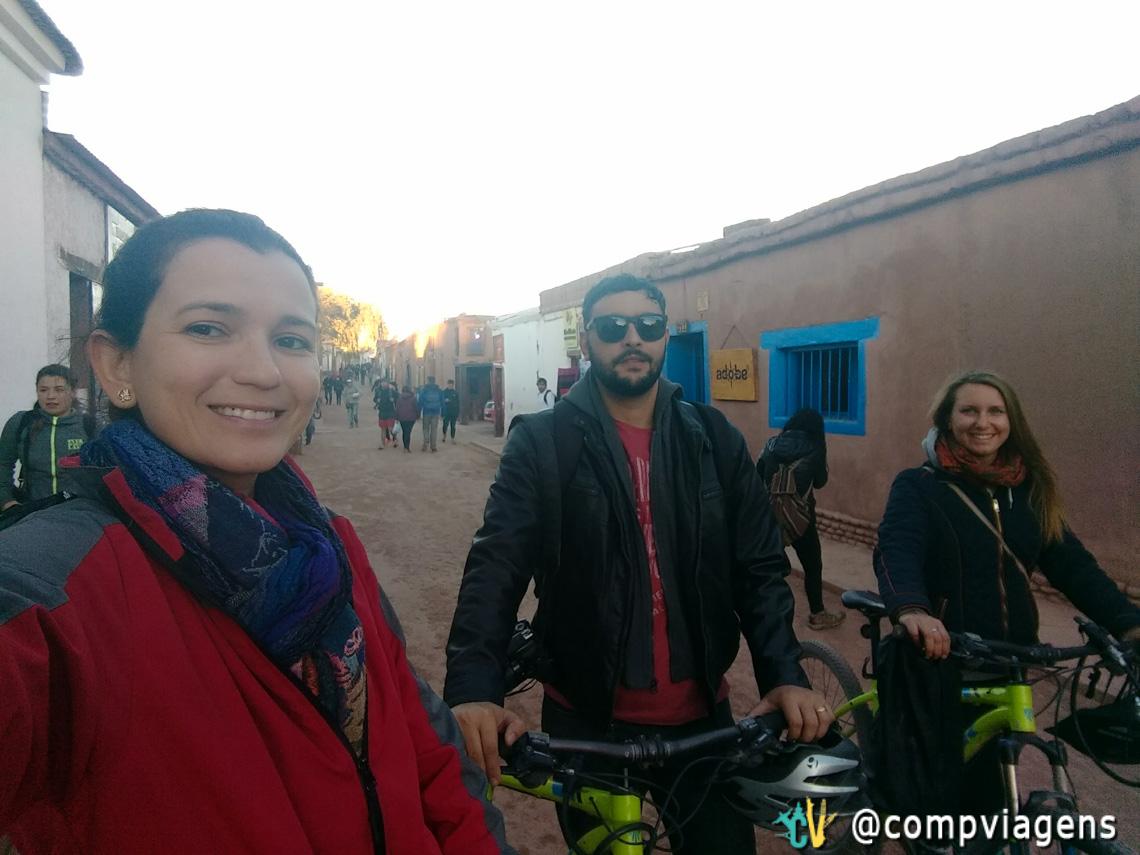 Nós três em San Pedro do Atacama, após o passeio