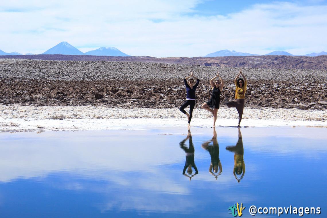 Mais uma pose de yoga com Julie e Cris porque esse lugar é inspirador