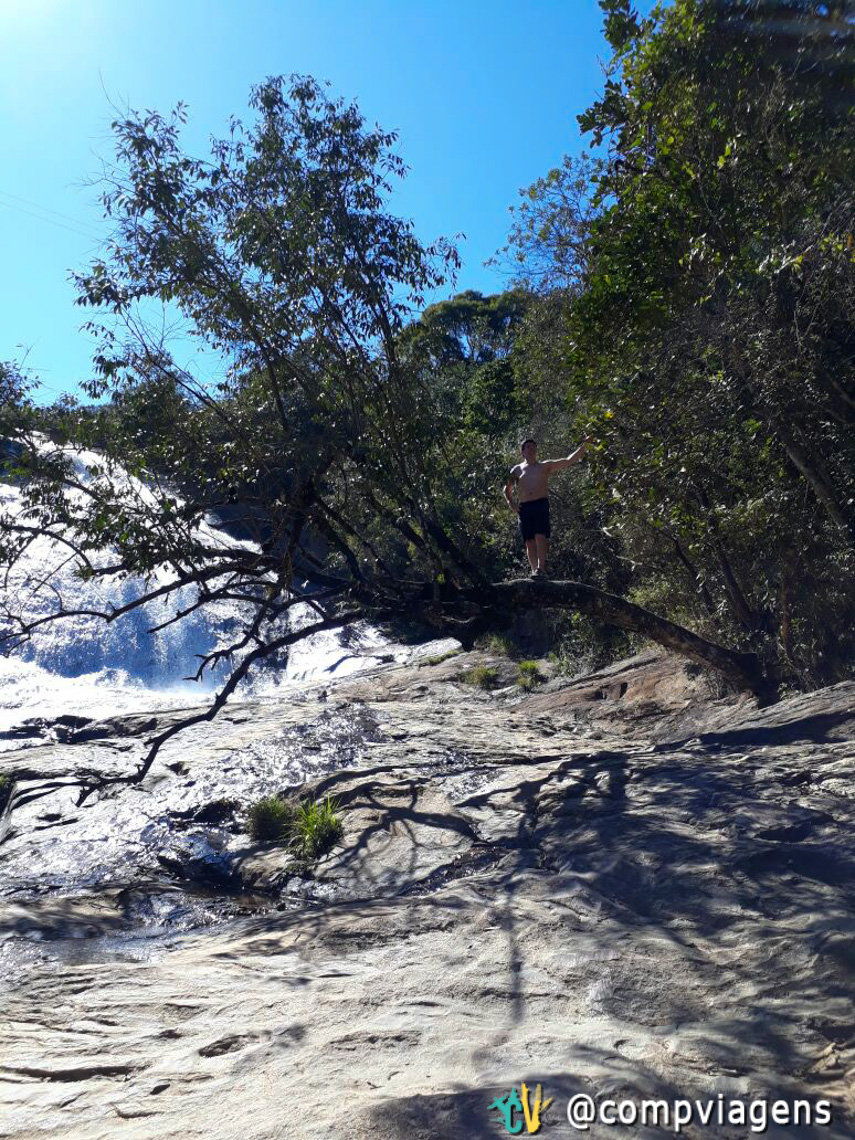 James, marido de Cláudia, na Cachoeira do Luis