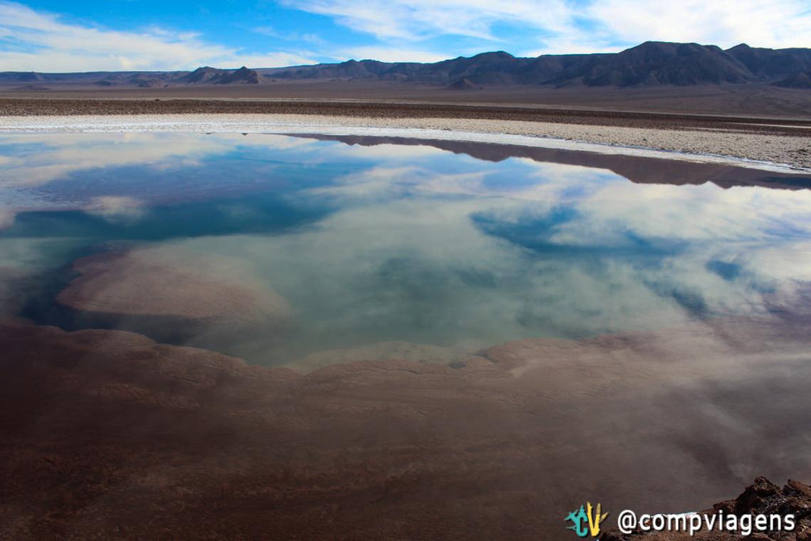 A água das lagoas é cristalina