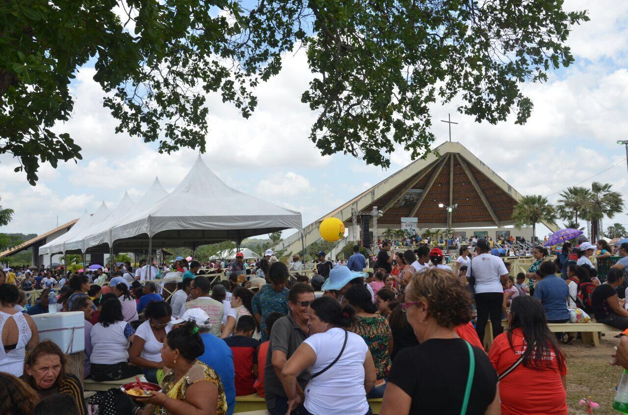 Missa na Capela de Uruaçu, no feriado dos mártires, 3 de outubro. Foto: Assessoria de Imprensa Prefeitura de São Gonçalo