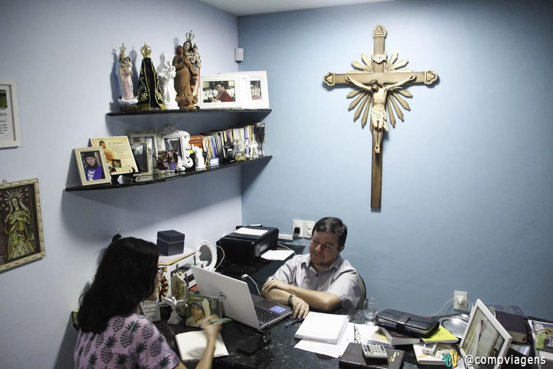 Entrevistando o Padre Júlio