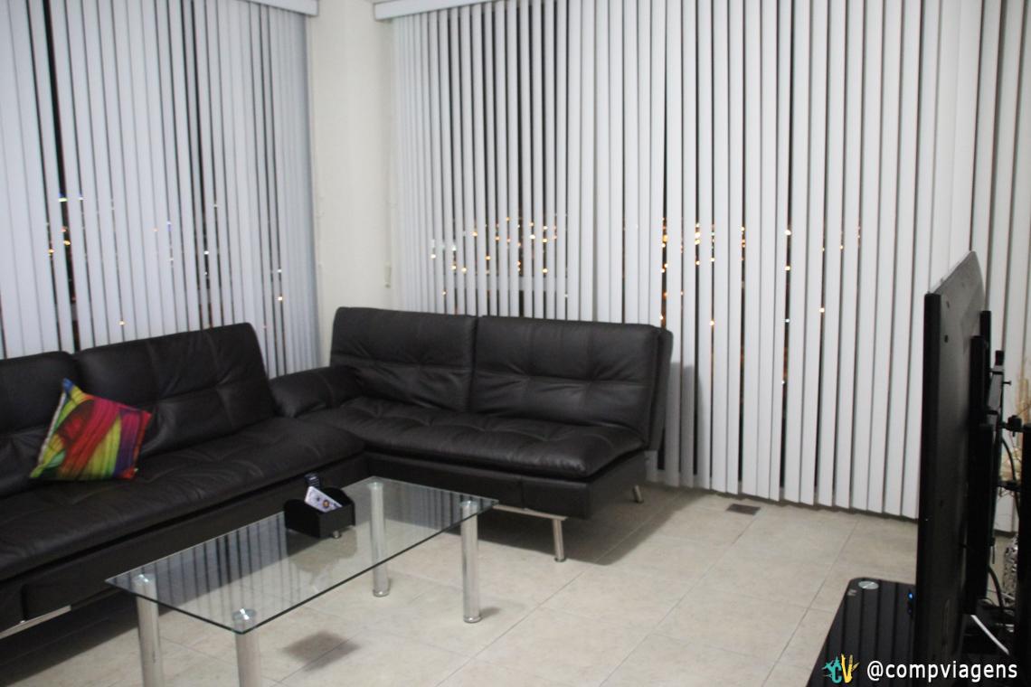 Sala com sofás camas