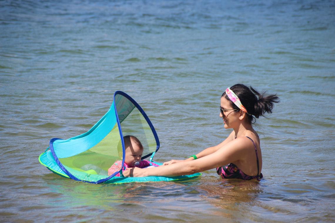 Primeiro banho de lagoa de Elis (Lagoa de Arituba)