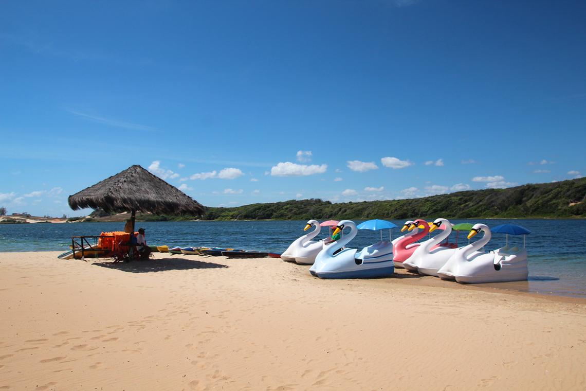 Pedalinhos na Lagoa de Arituba